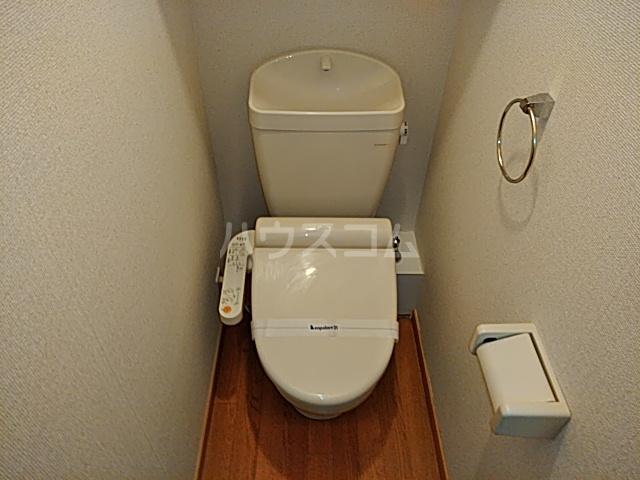 レオパレスTN参番館 103号室のトイレ