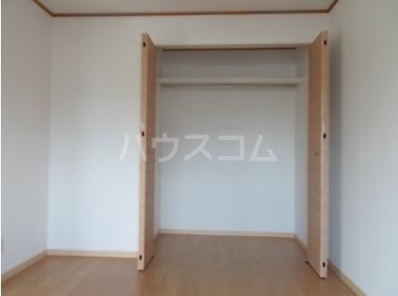 エルディム小川B 01060号室の収納