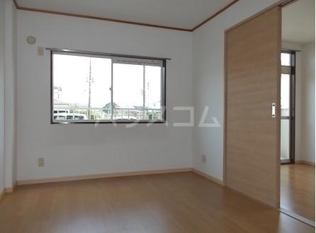 エルディム小川B 01060号室のベッドルーム