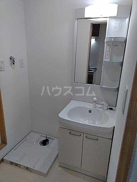 シャンテ船橋宮本B棟 101号室の洗面所