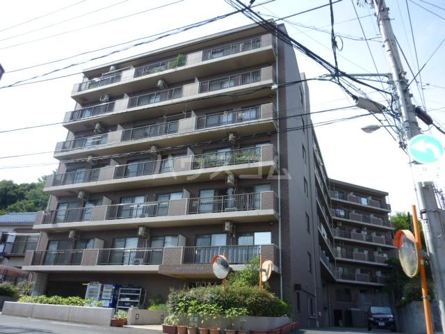 メイグリ-ン塚田の外観