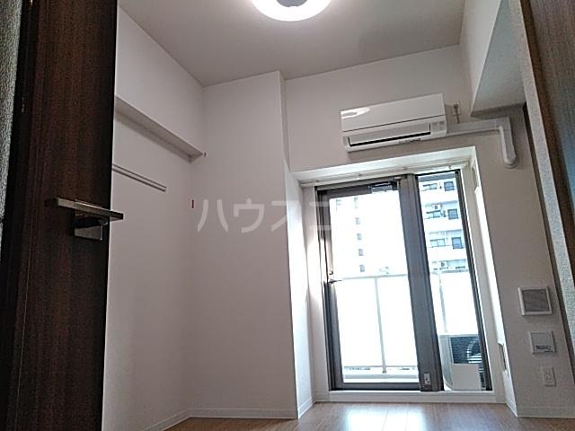 プレサンス名古屋幅下ファビュラス 1104号室のリビング
