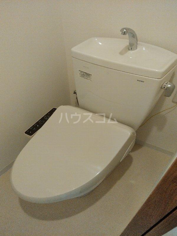 フルフィールタイパナ 802号室のトイレ