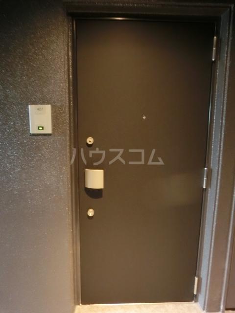 メイクス矢場町 707号室の玄関