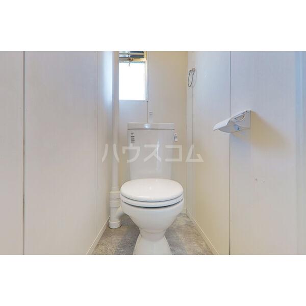 森産ビル 305号室のトイレ