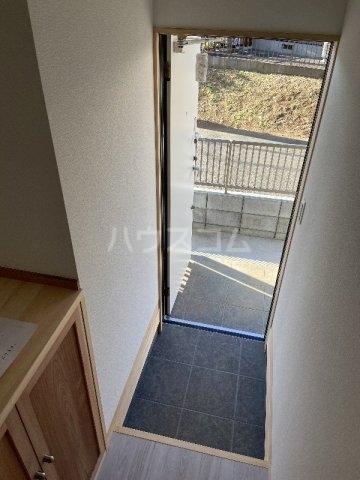イースト229 202号室の玄関