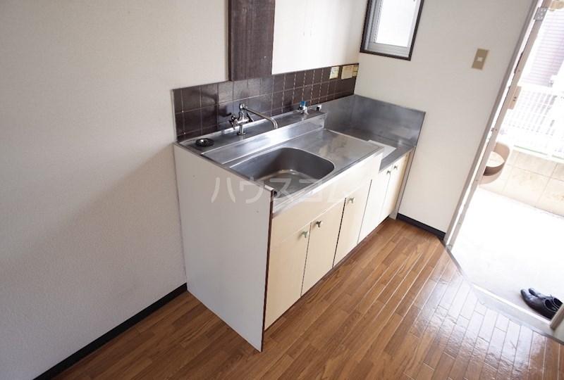 フォーブル森田 101号室のキッチン