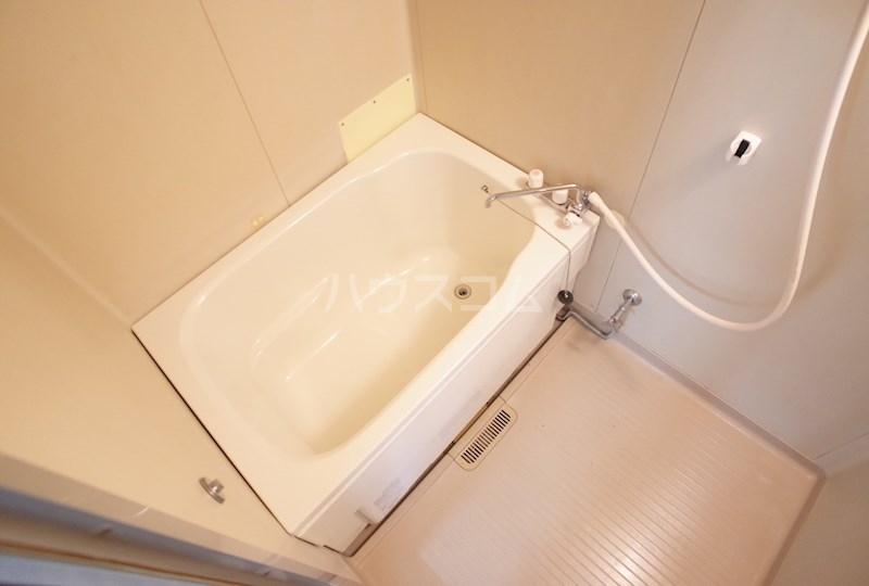 フォーブル森田 101号室の風呂
