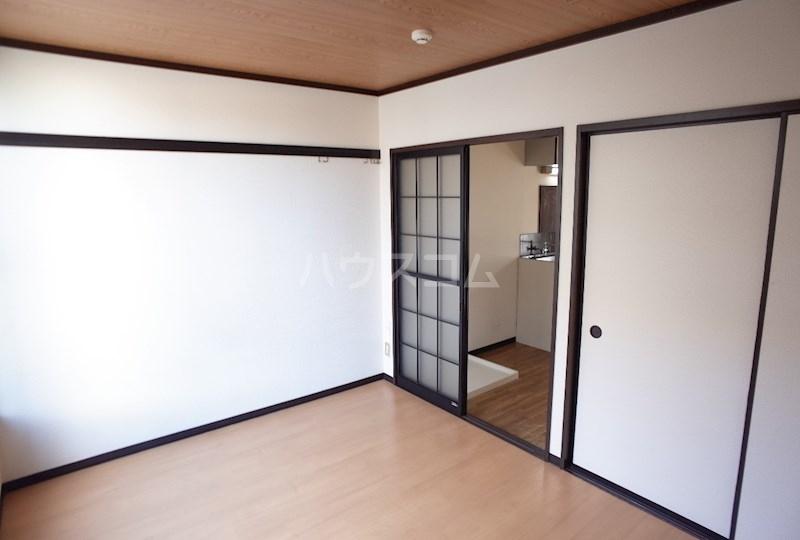 フォーブル森田 101号室の玄関