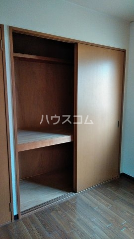 パークヒルサカイB 202号室の玄関