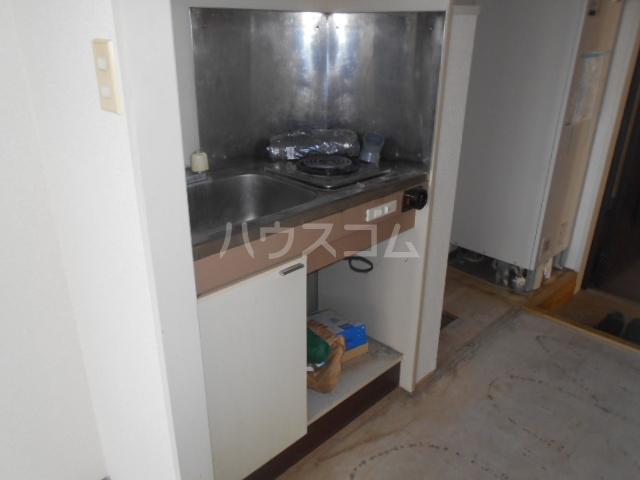 日神パレス戸塚 318号室のキッチン