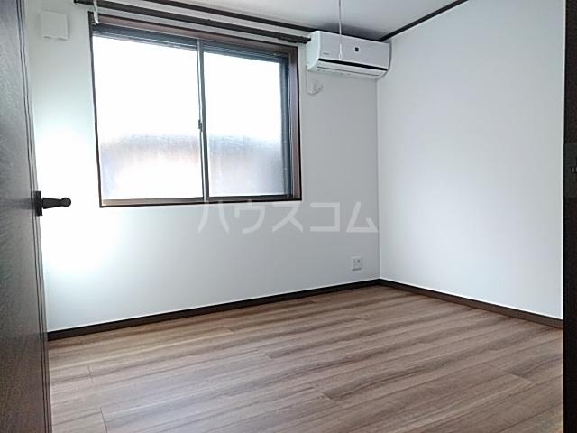 クレストール綾瀬 202号室のベッドルーム