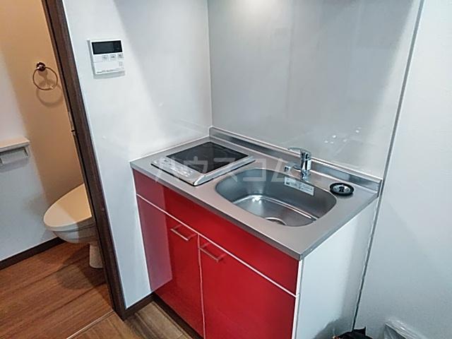 クレストール綾瀬 202号室のキッチン