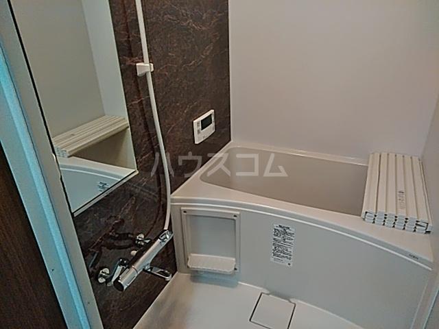 クレストール綾瀬 202号室の風呂