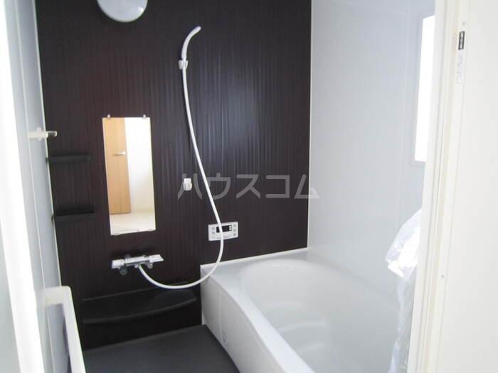 共栄町戸建賃貸の風呂