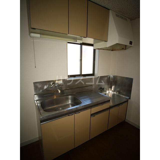 エスポアール佐鳴台 101号室のキッチン