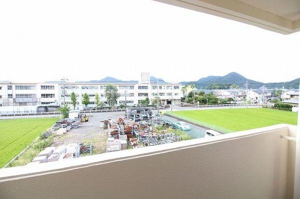 高僧ホーム 103号室の景色