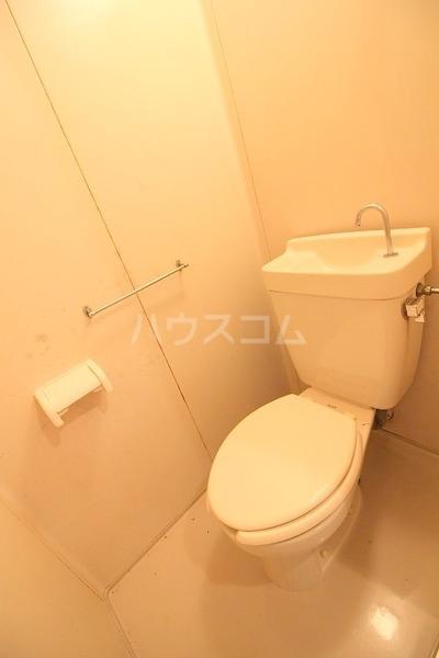高僧ホーム 103号室のトイレ