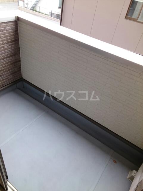マイズ 02020号室のバルコニー