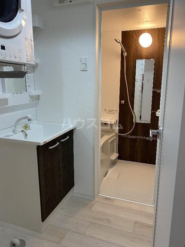 Casa TsuhaⅡ 2-A号室の風呂