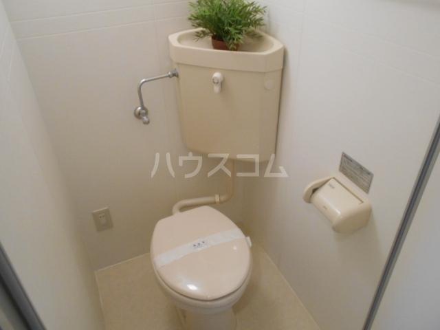 エクシード西院Ⅱ 0203号室のトイレ