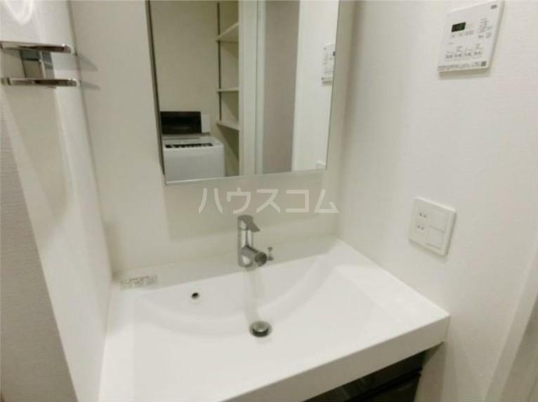 ガリシア用賀 102号室の洗面所
