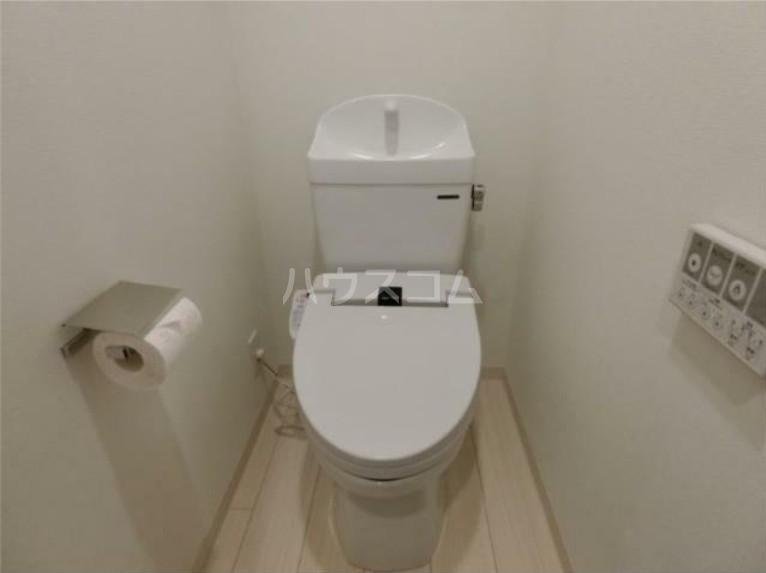 ガリシア用賀 102号室のトイレ