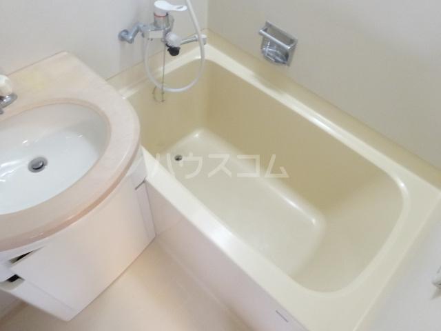 エスポワール西京極 503号室の風呂
