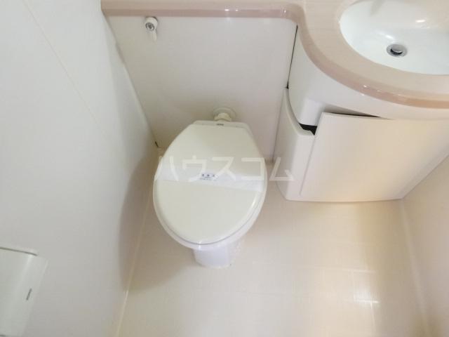 エスポワール西京極 503号室のトイレ