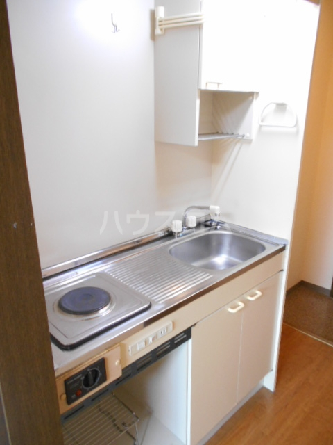 シャンブルN 102号室のキッチン