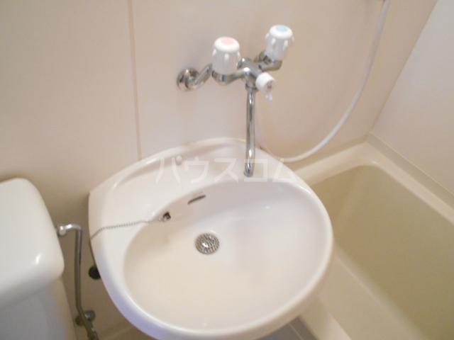 シャンブルN 102号室の洗面所