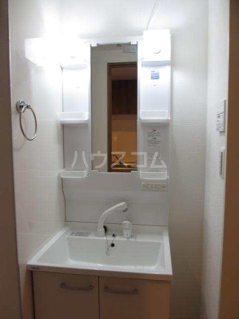 リコルテ湘南 304号室の洗面所
