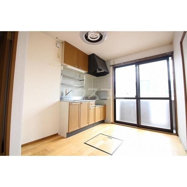 ソフィアK 203号室のキッチン