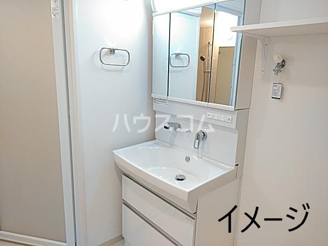 エス・メゾンE棟 101号室の洗面所