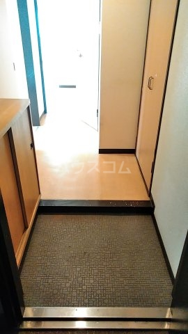 クオリティ大山 404号室の玄関