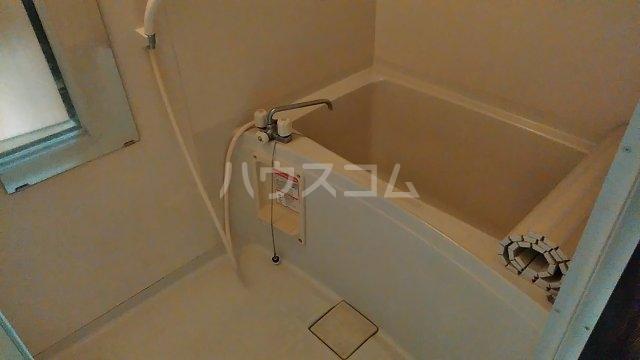 クオリティ大山 404号室の風呂