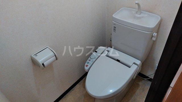クオリティ大山 404号室のトイレ