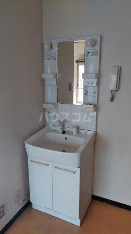 クオリティ大山 404号室の洗面所