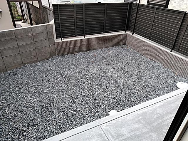 セジュール嵯峨鳥居本 101号室の庭
