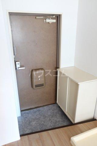 グリーンノア 4B号室の玄関