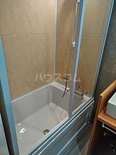 Ligere南行徳West 101号室の風呂