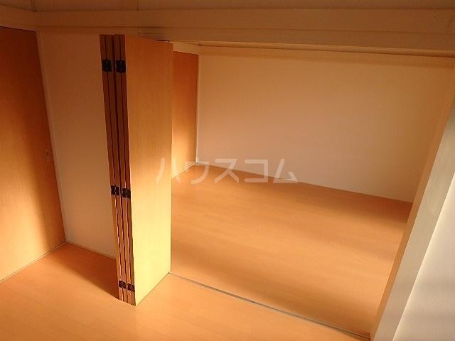 メゾン坂本 202号室の収納