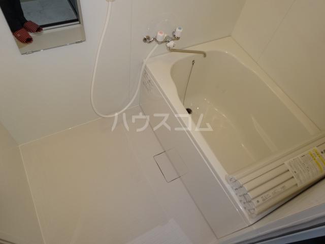 スイートム塚原 101号室の風呂