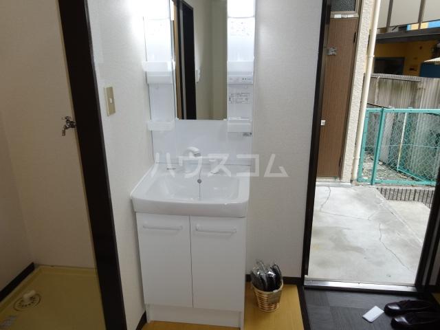 スイートム塚原 101号室の洗面所