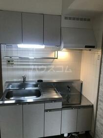 ソフィア 202号室のキッチン