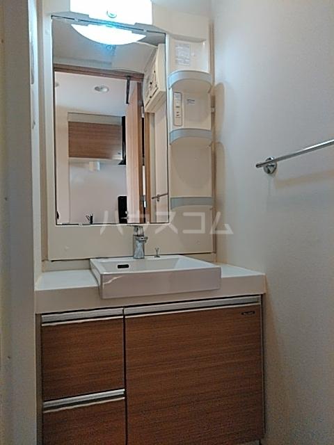 Fierte中野 0806号室の洗面所