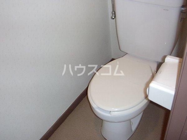 ロジュマンホリエ 202号室のトイレ