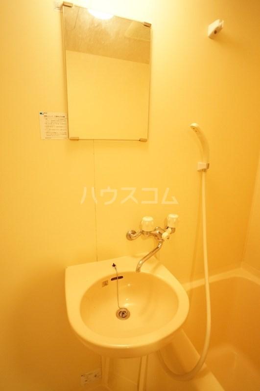 スペースG住吉 211号室の洗面所