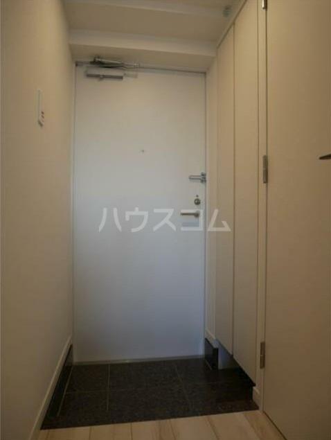 ステージファースト経堂アジールコート 207号室の玄関