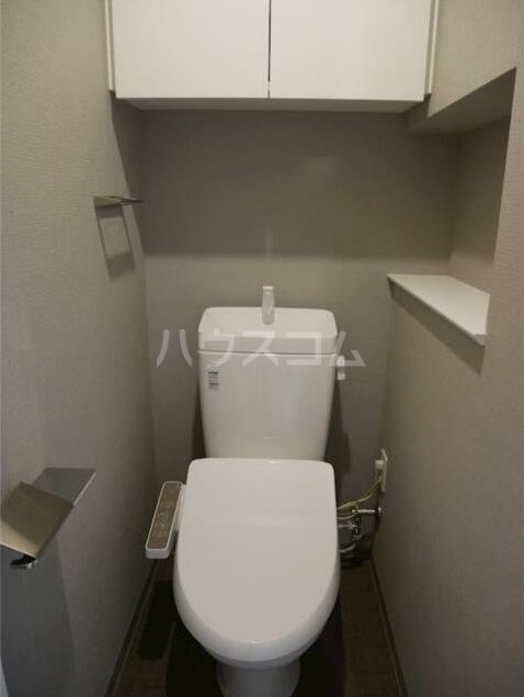 ステージファースト経堂アジールコート 702号室のトイレ